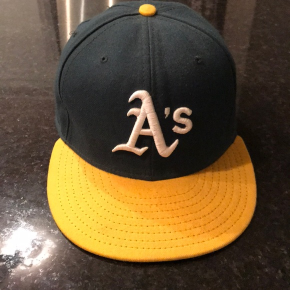 New Era Oakland Athletics fitted baseball hat. M 5a3d0649077b9729d9019158 8035caf1c0c